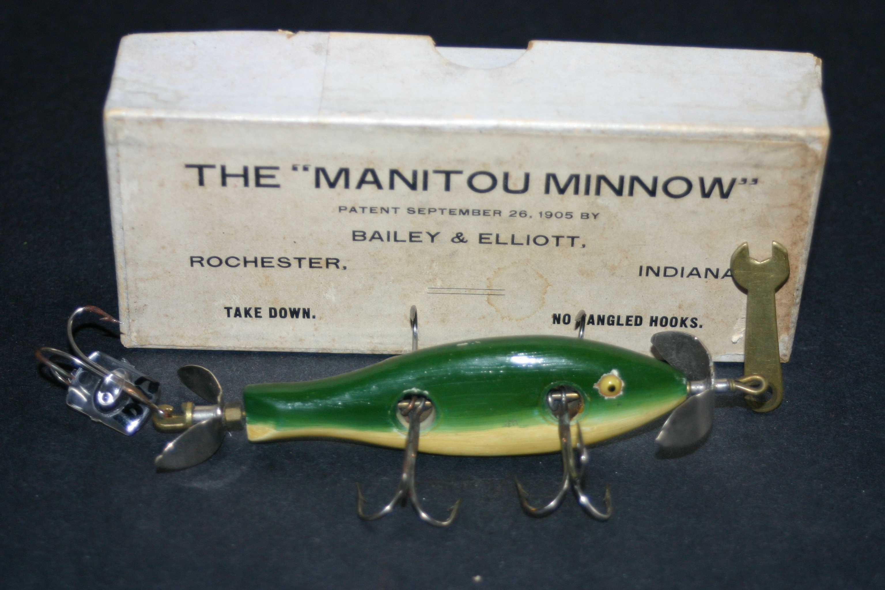 Old indiana lures a to f old indiana lures for Spinner fishing lures